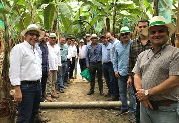 We present our Holcim Agrovial solution in the Bella Vista hacienda of Eduardo Ledesma located in Daule where we show the new technologies it offers for the banana sector. #AbriendoCaminosProductivos